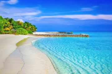 Beautiful beach where you could retire if you achieve financial freedom
