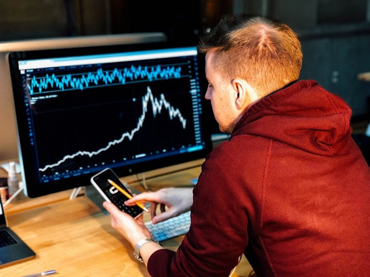 Thanks to internet, we can do our investing in stocks online